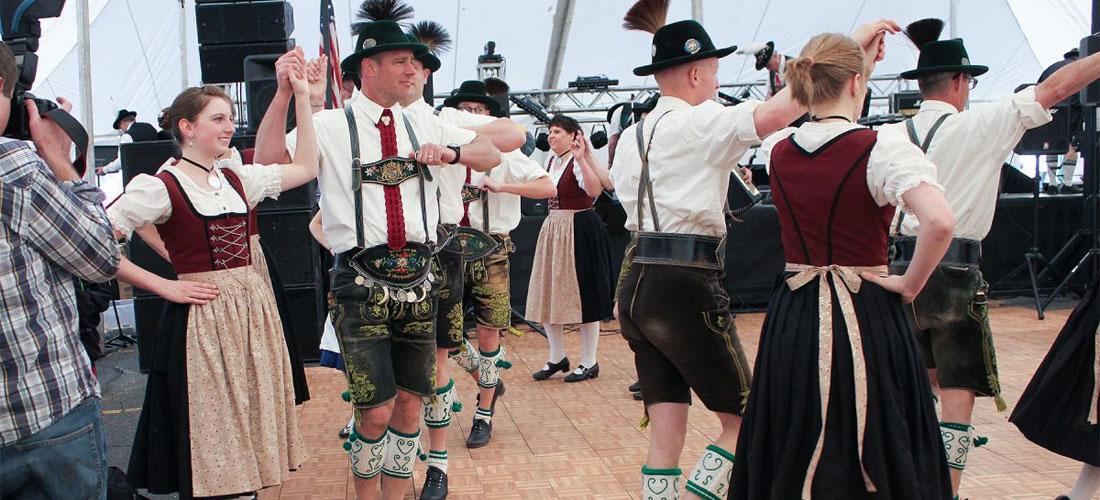 Maifest Dancers